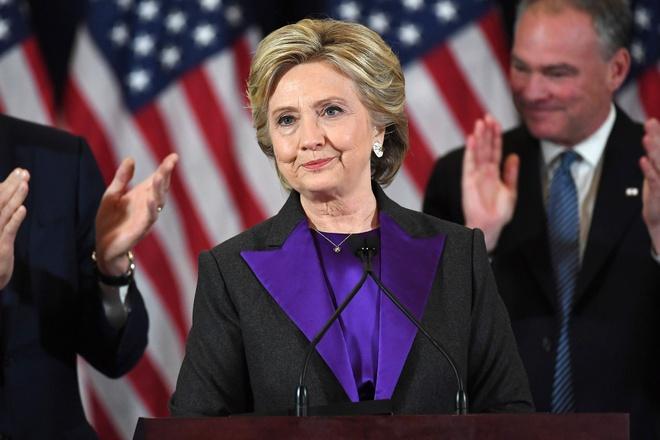 3,5 trieu nguoi keu goi lat nguoc tinh the cho ba Clinton hinh anh