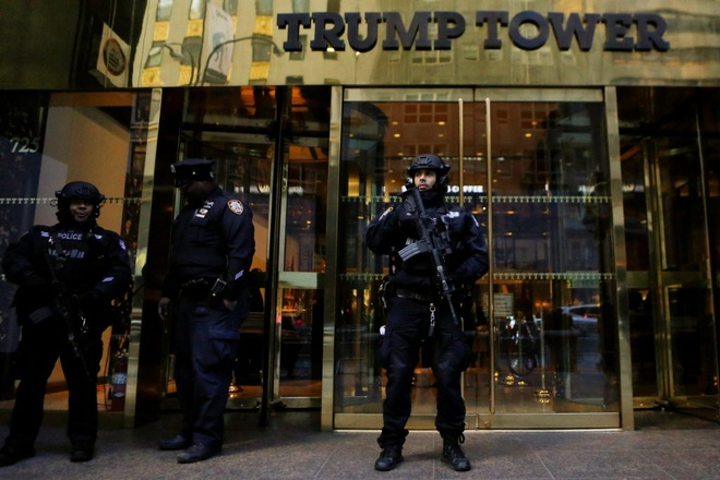 New York ton trieu do mot ngay bao ve Trump anh 1