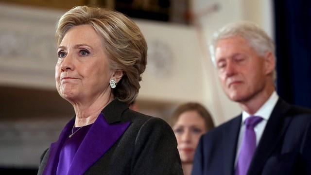 Clinton hon Trump gan 3 trieu phieu pho thong hinh anh 1