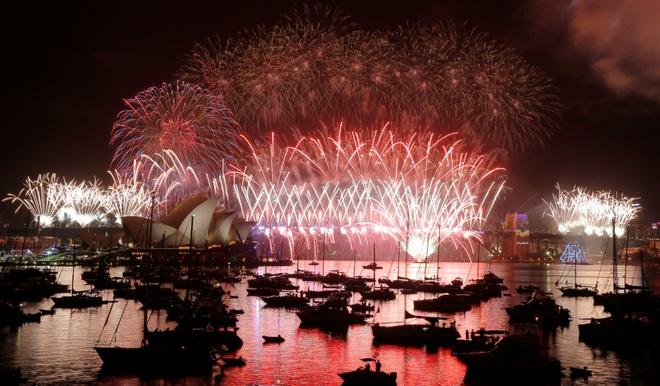 Sydney, Hong Kong, Singapore ky vi duoi phao hoa nam moi hinh anh 25