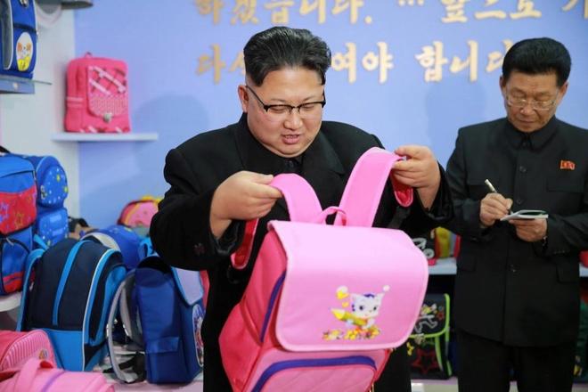 Trieu Tien noi Obama 'lo ma don do roi khoi Nha Trang' hinh anh 1