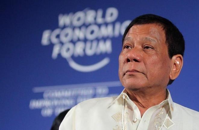 Duterte bi de nghi phe truat vi 'nhuong nhin Trung Quoc' ve Bien Dong hinh anh 1