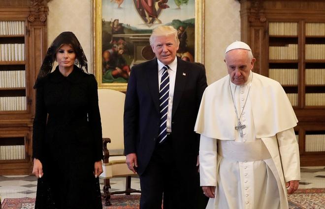 Tong thong Trump gap Giao hoang Francis tai Vatican hinh anh