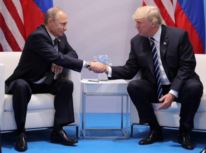 Trump gap Putin anh 1