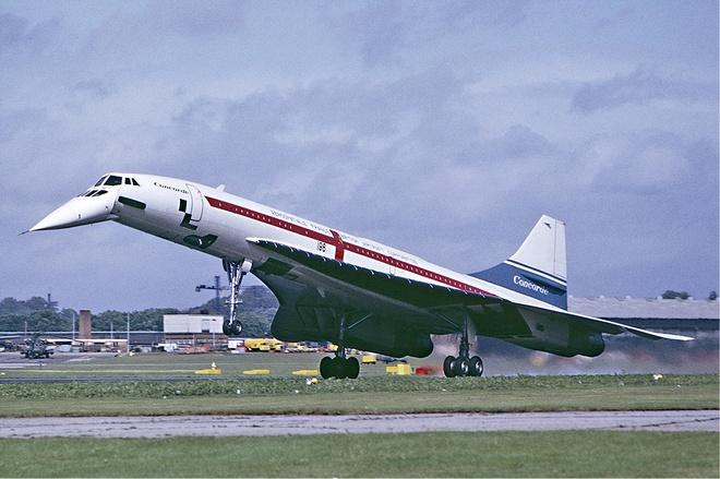 May bay Concorde ha canh xuong san bay New York hinh anh