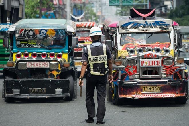 Dinh cong phan doi xoa so xe jeepney o Philippines hinh anh