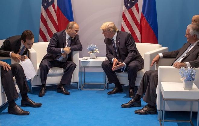 Chien luoc an ninh moi cua Trump: My doi dau Nga, Trung hinh anh 1