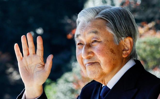 Nhat hoang Akihito se thoai vi trong nam 2019 hinh anh