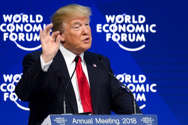 Ong Trump bi dam dong huyt sao, la o khi phat bieu tai Davos hinh anh
