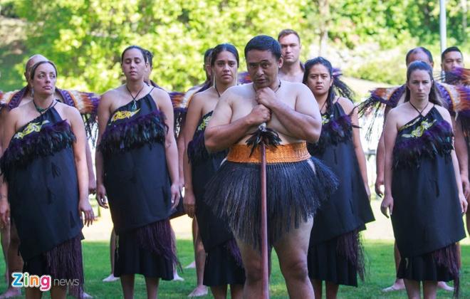 Nguoi Maori nhay mua chao don TT Nguyen Xuan Phuc hinh anh