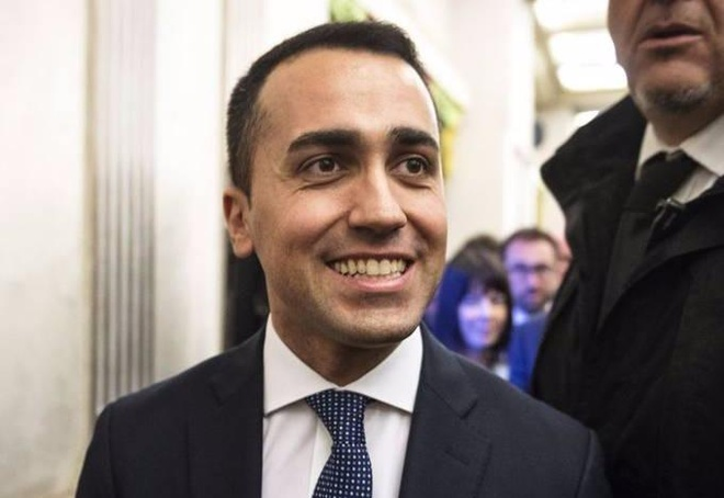 Dung lo Brexit, be tac chinh tri Italy moi nguy hiem cho EU hinh anh