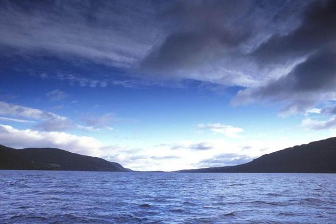 Nha khoa hoc truy tim ADN quai vat ho Loch Ness hinh anh
