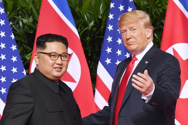 Du ca ngoi Kim, Trump van trung phat Trieu Tien them 1 nam hinh anh