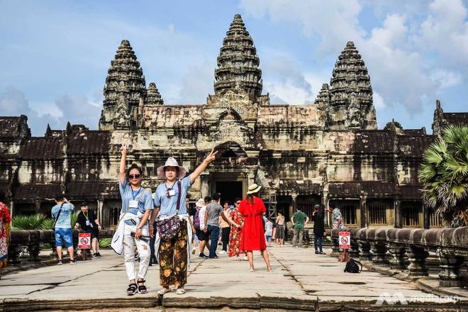 Nguoi Campuchia gan Angkor 'vua an cuoi, vua duoi ruoi' hinh anh