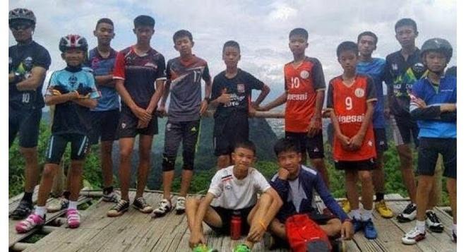 'Cuu duoc may dua nho con vui hon ca Thai Lan vo dich World Cup' hinh anh