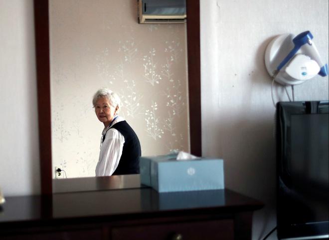 Doan tu Han - Trieu: Nguoi me 92 tuoi cho om con trai 68 nam khong gap hinh anh