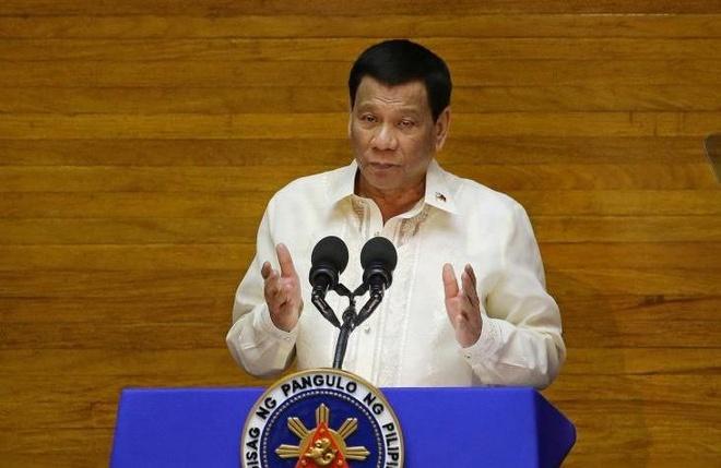 Ong Duterte bi kien ra toa hinh su quoc te vi cuoc chien chong ma tuy hinh anh