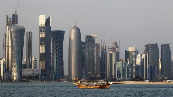 Saudi Arabia quyet xay kenh dao de bien Qatar thanh dao hinh anh