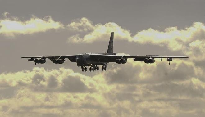 My dieu may bay nem bom B-52 tu Guam den gan Bien Dong hinh anh 1