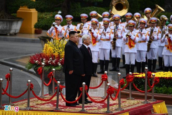 Trieu Tien phat hanh tem ky niem ong Kim Jong Un tham Viet Nam hinh anh 1