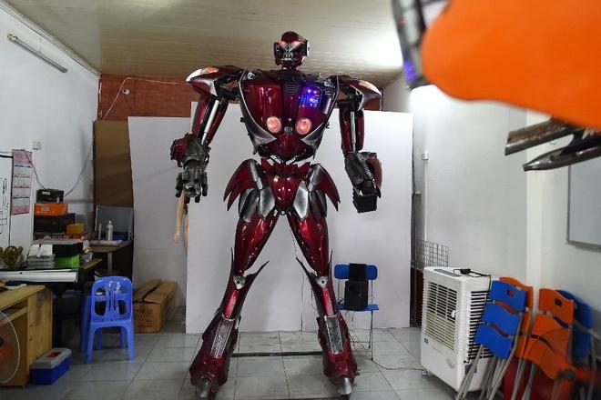 robot lam tu linh kien xe may o ha noi anh 1