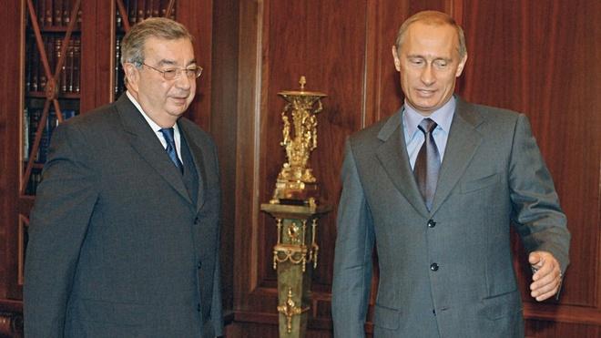 Ong Putin suyt 'rot dai' truoc khi thanh tong thong nam 2000 hinh anh 1