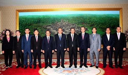 Pho thu tuong Truong Hoa Binh hoi kien Thu tuong Hun Sen hinh anh 2 5J4A6922.jpeg