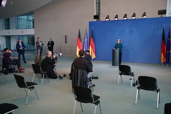 Kết quả hình ảnh cho Tiếp xúc với người nhiễm virus corona, bà Merkel phải tự cách ly