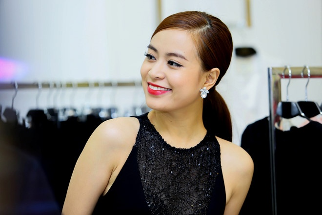 Hoang Thuy Linh: 'Gia tri con nguoi quan trong hon hang hieu' hinh anh
