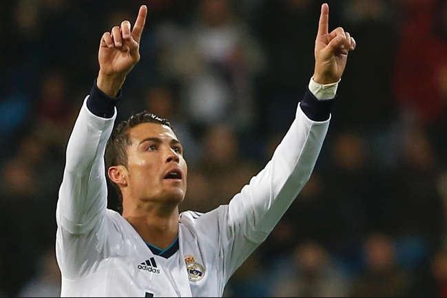 Ronaldo va thoi me tin ky quai cua sao bong da hinh anh