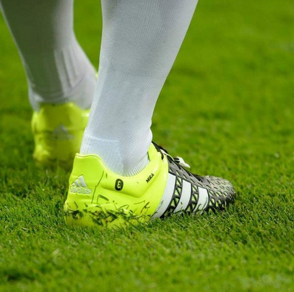 Ronaldo: Cha van doi theo toi tu tren troi cao hinh anh 4