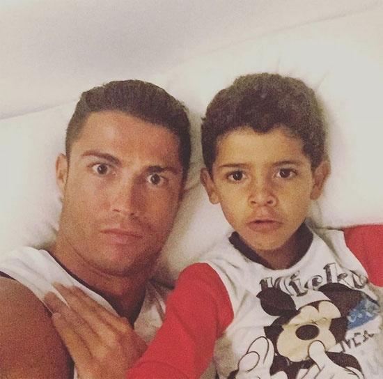 Theo chan sao: Ba bo con Messi 'ngu nuong' hinh anh 5