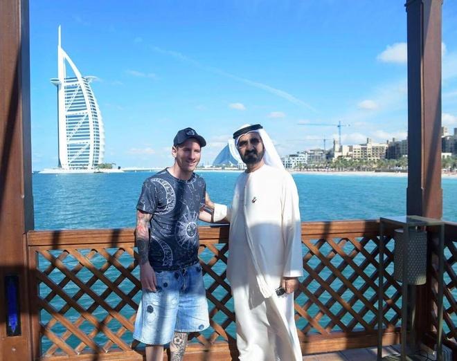 Theo chan sao: Messi thanh thoi du hi tai Dubai hinh anh 1