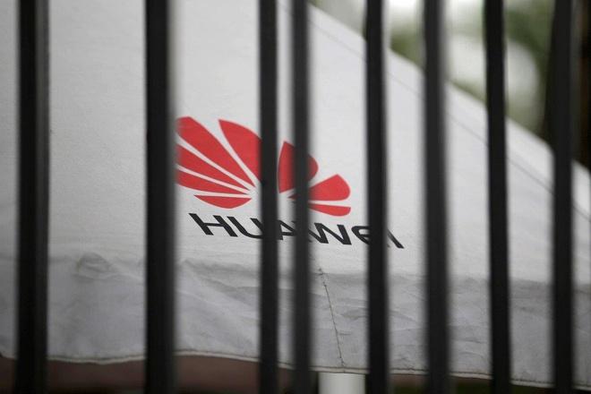 Huawei cat giam hang loat nhan su tai My hinh anh 1