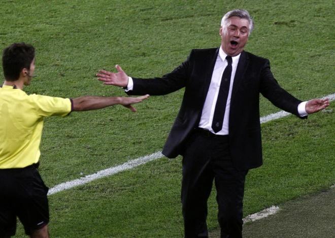 'Ca the gioi deu thay do la mot qua penalty, tru trong tai' hinh anh
