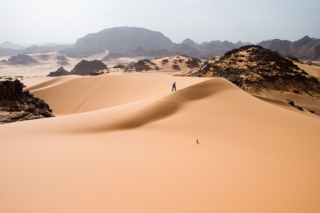 Vi sao Sahara tro thanh sa mac nong nhat hanh tinh? hinh anh