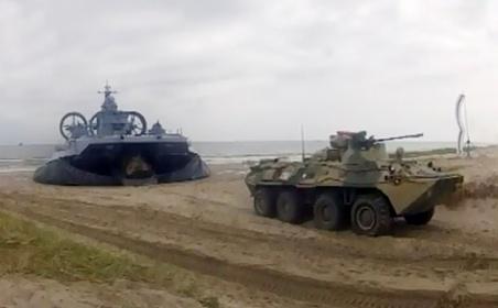 NATO so Nga can thiep quan su vao Ukraina hinh anh 1