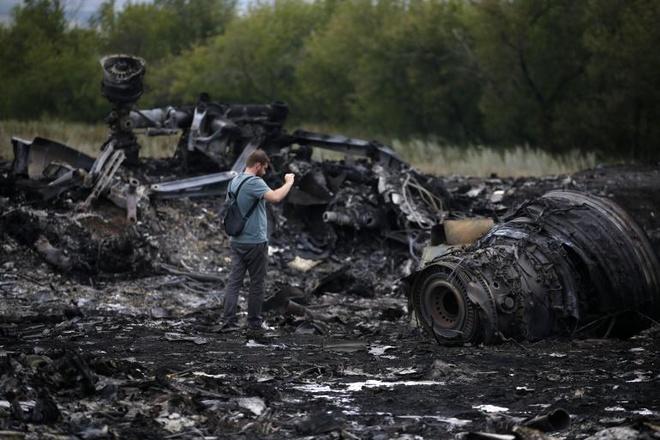 MH17 no tung giua troi vi va vat the la hinh anh