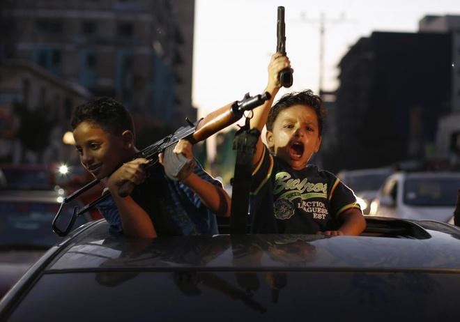 Hinh anh cua nam 2014: Mau nhuom do dai Gaza hinh anh 17
