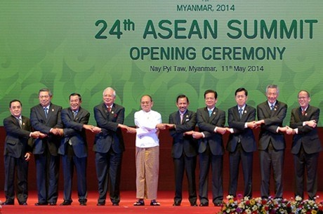 10 xu huong se chi phoi ASEAN nam 2015 hinh anh