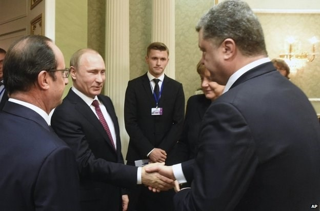 Tong thong Nga Putin duoc va mat gi vi Ukraine? hinh anh
