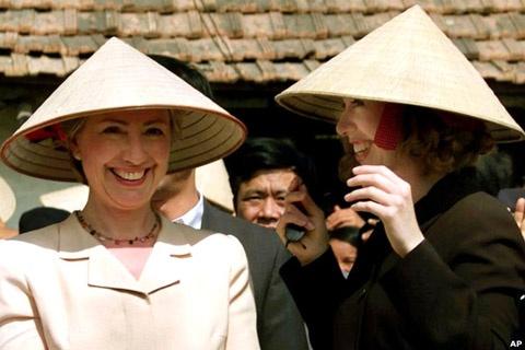Nhung lan toi Viet Nam cua ba Hillary Clinton hinh anh