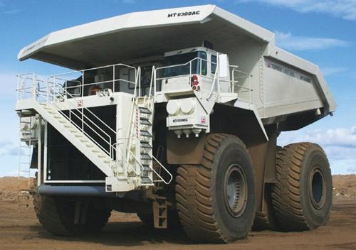 Xe ben mỏ siêu khổng lồ