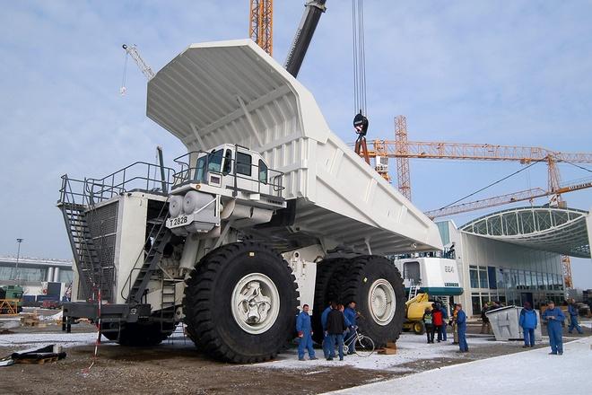 Xe ben mỏ siêu khổng lồ 2