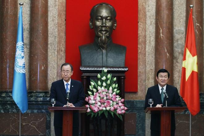 Ong Ban Ki Moon: LHQ theo doi sat tinh hinh bien Dong hinh anh