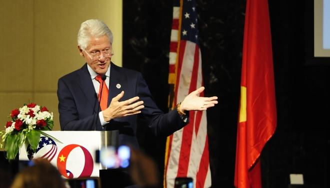 Bill Clinton: 'Viet - My hay nam lay tay nhau' hinh anh