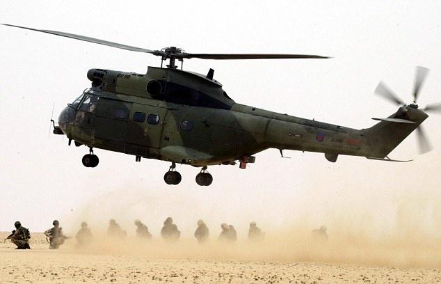 Truc thang roi tai tru so NATO o Afghanistan, 5 linh tu nan hinh anh
