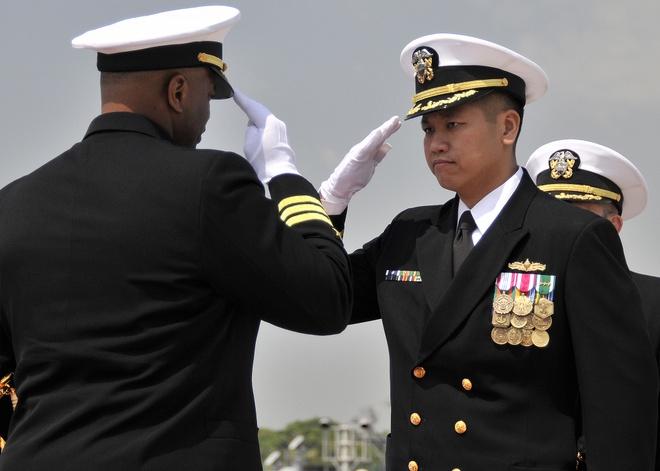 USS Lassen tung duoi quyen ham truong goc Viet hinh anh