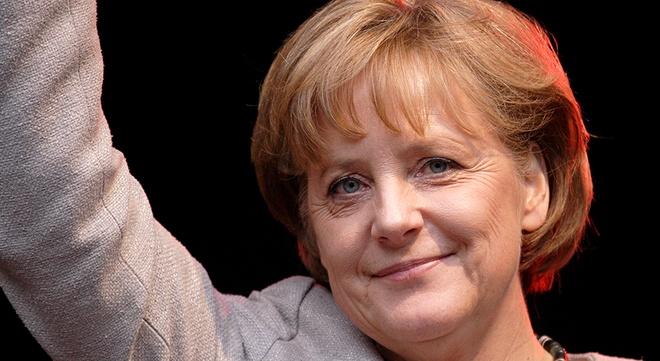 Ly do ba Merkel tro thanh Nhan vat cua nam hinh anh