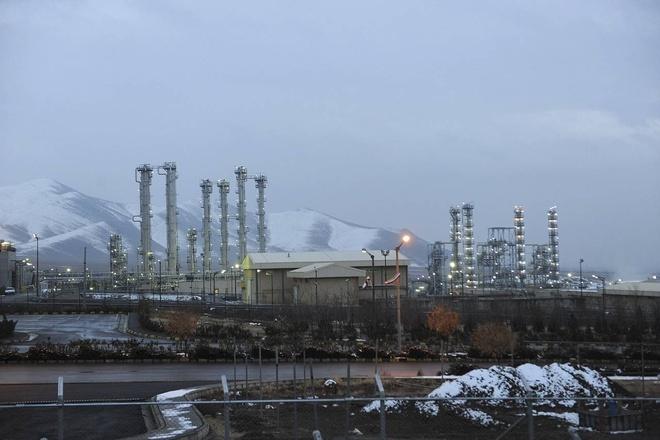 Iran chuyen 9 tan uranium da lam giau sang Nga hinh anh